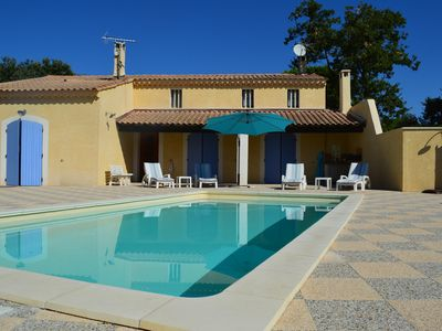 Photo for Charming house in Provence near Avignon - Lubéron with private pool