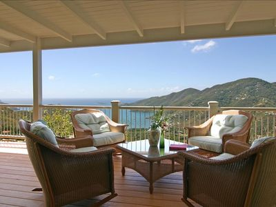 Relax and enjoy the spectacular views of Coral Bay!