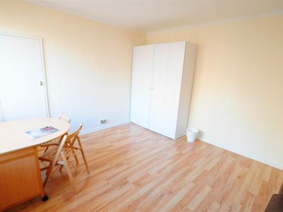 Photo for Spacious Self contained Studio Flat only 5 mins walk to Paddington tube station