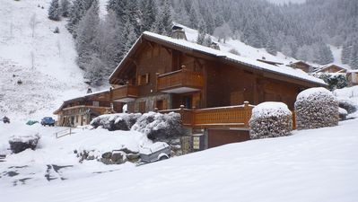 Photo for Nice apartment of 35 m2 in a beautiful sunny Savoyard chalet