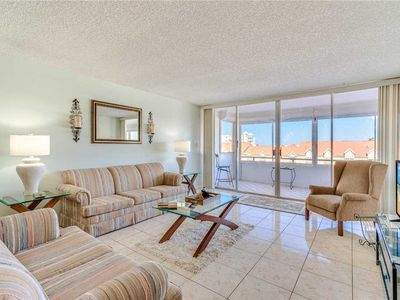 Photo for Redington Towers 406, 1 Bedroom, Gulf Front, WiFi, Pool Access, Sleeps 4