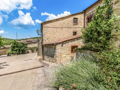 Photo for Apartment Mastro 5  in Gaiole in Chianti, Tuscany Chianti - 3 persons, 2 bedrooms