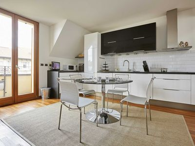 Photo for Elegant flat with balcony & terrace close to the center