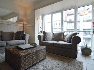 Photo for Comfortable apartment in the town centre, within walking distance of the ocean