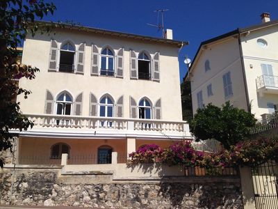 Photo for *** Beautiful villa with pool in the heart of Villefranche-sur-Mer