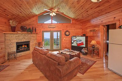 Convenient location 2 bedroom 2 bath cabin away from - 1 bedroom cabins in pigeon forge under 100 ...
