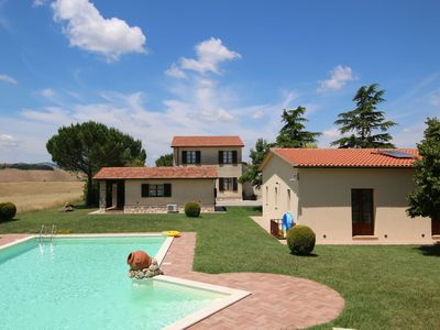 Photo for Farmhouse on a hill in the breathtaking Tuscan countryside