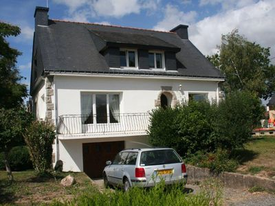 Photo for Pretty Breton house on the edge of the peninsula of Rhuys, on ground of 1500m2