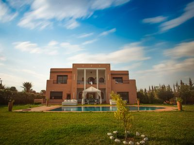 Photo for Beitiful villa with private pool