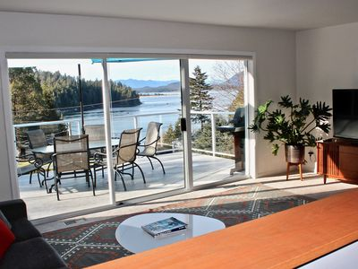 Ocean View! Located minutes away from Tonquin Beach & 5 minute walk to town.