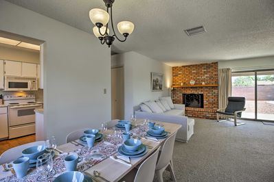 Eight guests are sure to feel right at home in The Grand Canyon State.