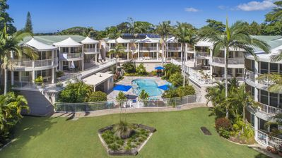 Photo for MacQuarie Lodge, Noosa Holiday accommodation