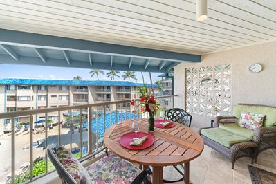 Comfy chairs make the lanai a popular place to relax.