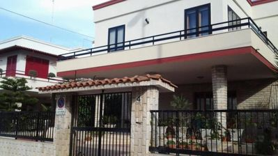 Photo for Apartment in villa by the sea Gallipoli