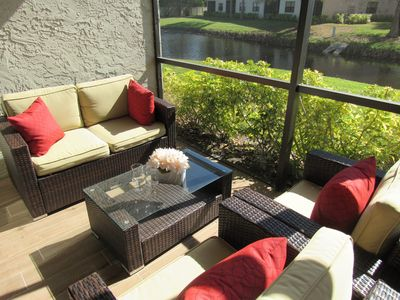 Exquisite Lakefront Condo w/2 Pools!~Near IMG Academy~Beaches~Shopping~Dining