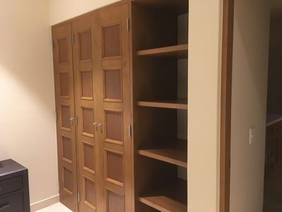 2nd bedroom closet and shelves.