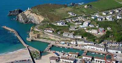 Photo for Quayside Cottage, PORTREATH