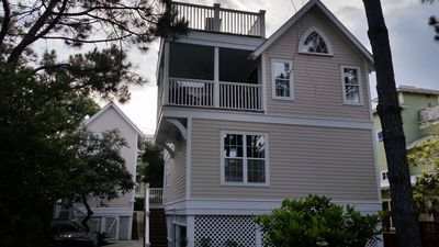 Photo for Cottage House off 30A.   4bd/3bth. Need extra room? Guest house next door.