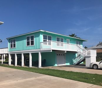 Photo for Charming Key Allegro home with water views.