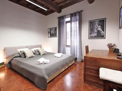 Photo for Near the Colosseum, very elegant and warm, wooden beamed ceiling, terracotta floor. Free wi-fi