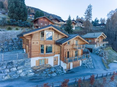 Photo for Swiss luxury chalet near bars, restaurants and lifts