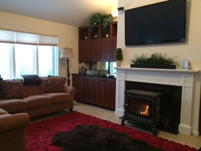 Photo for Snowcreek Condo at Sugarbush Resort-2 beds/2 baths, slopeside