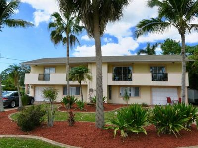 Photo for Holiday apartment Fort Myers for 2 - 6 persons with 2 bedrooms - Holiday apartment in a villa