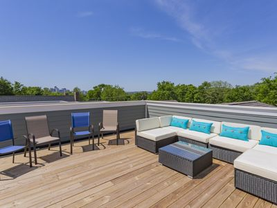 Photo for (7) 4th NIGHT FREE! - Huge New Home - Rooftop Deck, 3.0mi To Downtown 2600sqft