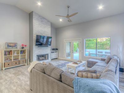 Photo for Gorgeous Remodel   Heated Pool, Putting Green, 1min to Kierland
