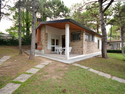 Photo for 3 bedroom Villa, sleeps 8 in Lignano Sabbiadoro with Air Con
