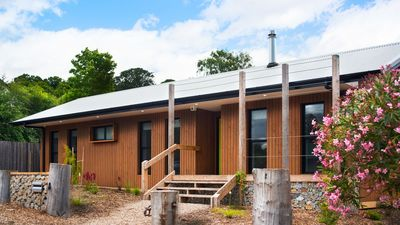Photo for Wombat Hill Lodge - Family Friendly Retreat