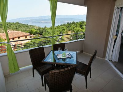 Photo for Spacious apartment with covered terrace and sea view  !