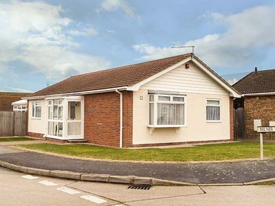 Photo for ECHO BEACH, family friendly, with a garden in Seasalter, Ref 932511