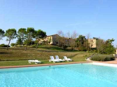 Photo for Typical former farmhouse of Tuscany, apartment B4
