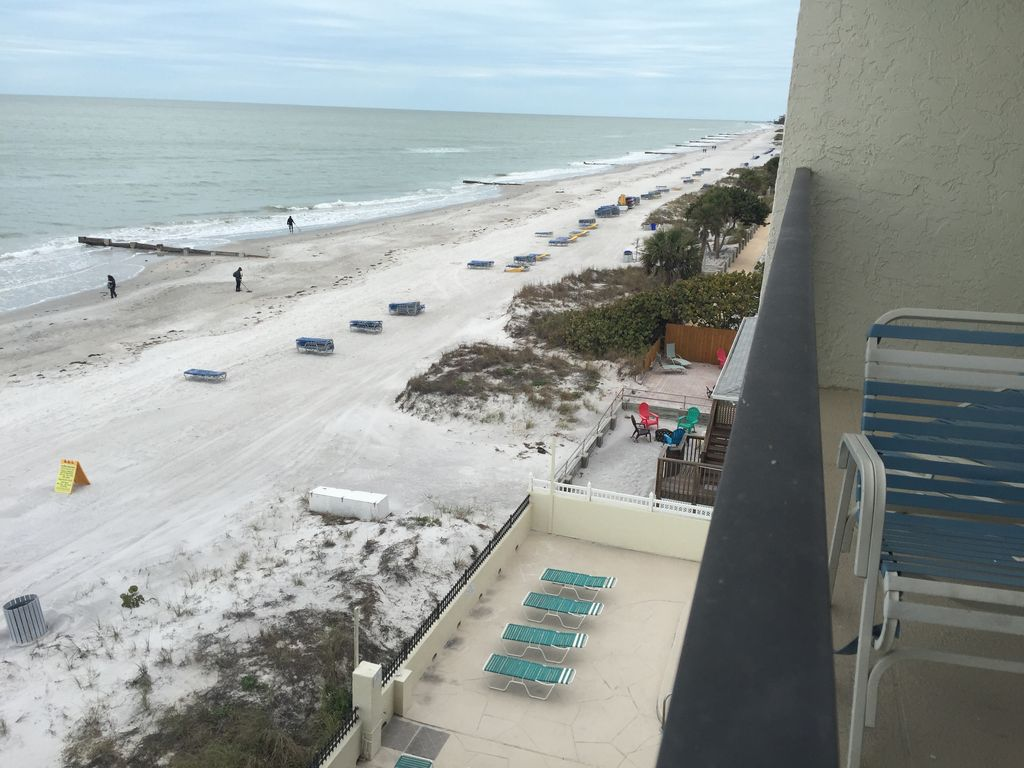 Great Rates Gulf Front Balconies 2bd 2bth 75ft To Ocean 55 Tv Heated Pool Wifi Share Madeira Beach