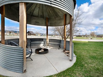 Photo for Custom country home w/ private hot tub & firepit - next to fishing pond!