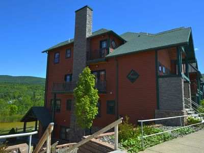 Photo for Hunter Mountain, NY - Trailside 2BR Condo - 2 nite mid-week specials available