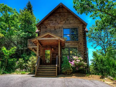 Photo for Vali Hi-Luxurious Asheville Timber Cabin ; Spectacular Views, Close to Asheville!