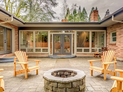 Photo for Mid-Century Maison in McMinnville, OR!