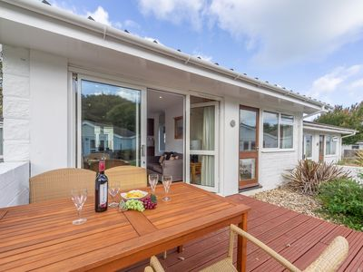 Photo for Enjoy a great family break in this single-storey two-bedroom cottage.