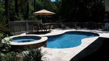 Chateau Relaxo - Charming 4 BR 3 1/2 BA, Beautiful Lagoon View;Close to Beach