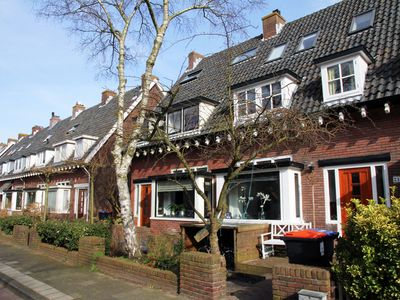 Photo for Cosy holiday home in Haarlem, Noord-Holland province, 15 minutes from the beach