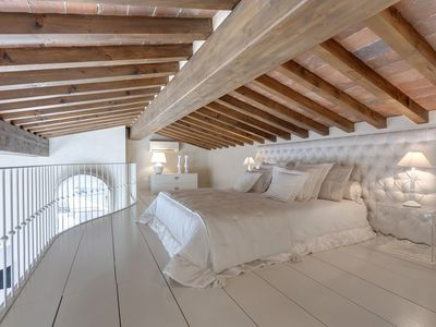 Photo for Romantic and luminous penthouse overlooking the great wonders of Florence