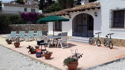 Photo for Detached Villa Sleeps 6/7, Private Pool, Large Patio & Gardens. AirCon / WIFI!