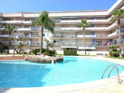 Photo for Nice and bright apartment with views on the channels and pool, in Santa Margarita (Roses)