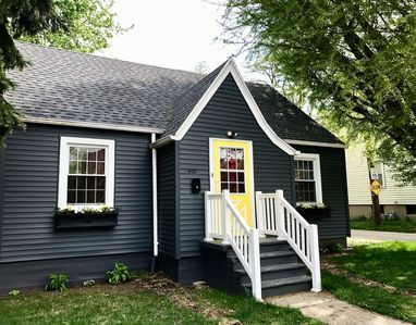 Photo for 3BR House Vacation Rental in LaSalle, Illinois