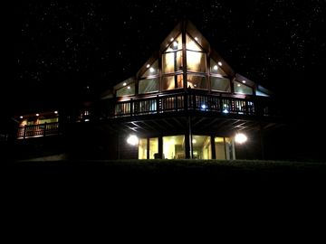 Stunning Home On 20 Mountainous Acres Minutes From Downtown Bozeman