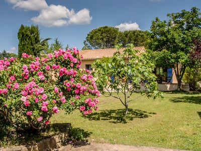 Photo for 4 bedroom villa  with pool,near the historic town of Uzes , South of France