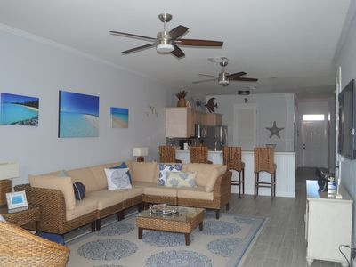 Newly renovated condo with golf cart included,  in Bahama Bch Club, Treasure Cay