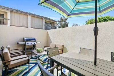 Patio - Fire up the grill and dine al fresco on the private patio.